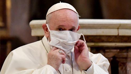 Crise du covid : qui écoute le pape François ?