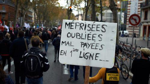 De l'école à l'université, une intersyndicale, rare, appelle à faire grève pour de meilleurs salaires et contre la gestion de la crise sanitaire