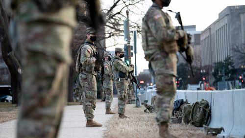 Des appels à des manifestations armées ce dimanche devant les capitoles aux États-Unis