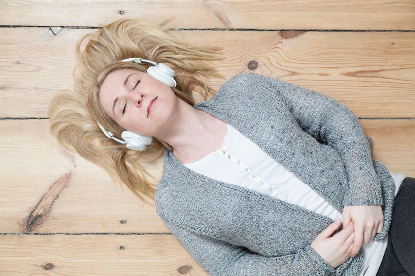 Variété française, pop, rock : la musique aide les Français à garder le moral
