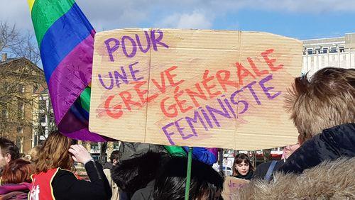 """Épisode 10 : Florence Rochefort : """"Toute une jeune génération s'engage aujourd'hui dans le féminisme avec fougue pour changer la vie et les comportements"""""""