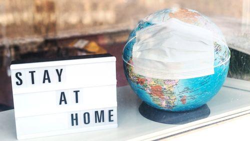 Rester à la maison ou rentrer à la maison ? Des effets inattendus des mesures de confinement