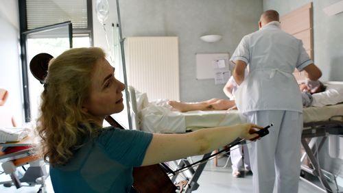 """Claire Oppert : """"La musique soulage, apaise la douleur et donne du sens"""""""