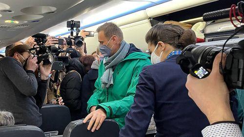 Alexeï Navalny arrêté à son arrivée en Russie