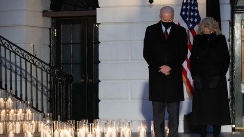 500 000 morts du Covid-19 : les États-Unis face à l'incommensurable deuil