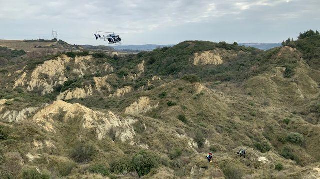 Un hélicoptère de la section aérienne gendarmerie de Dignes-les-Bains est venu appuyer l'action des militaires du Gard.