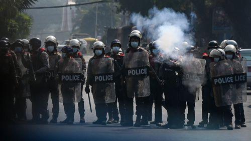 En Birmanie, la répression des manifestants pro-démocratie s'accentue
