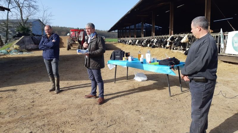 Bourges : les agriculteurs de la FNSEA attentifs aux propositions des candidats aux régionales