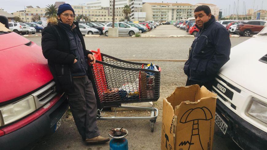 Bloqués à cause de la fermeture des frontières, ces ressortissants marocains n'ont pas reçu de solution de logement temporaire