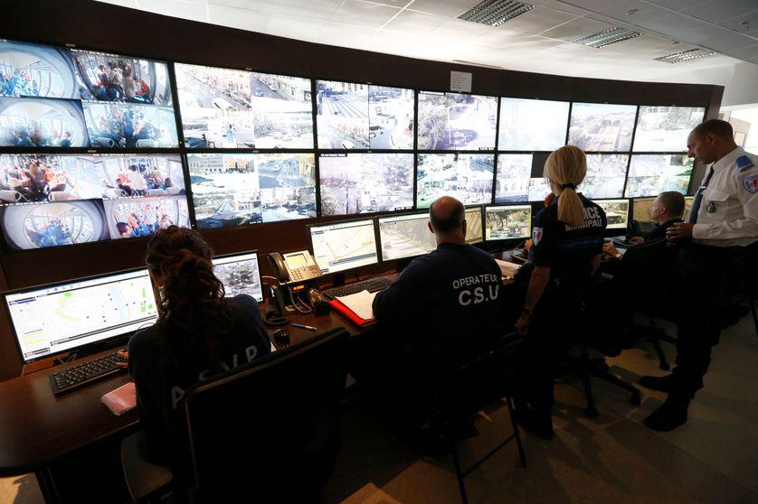 Centre de contrôle et de surpervision des caméras urbaines de la ville de Nice