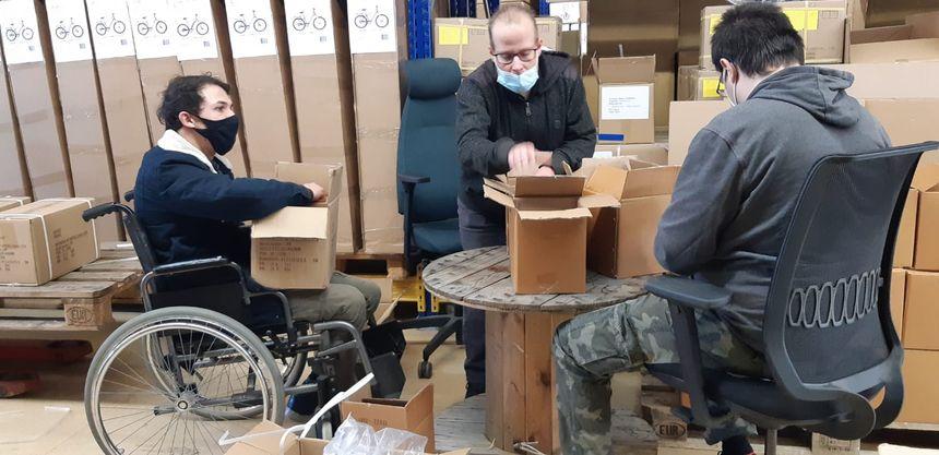 Les vélos arrivent en pièces détachées à Quimper