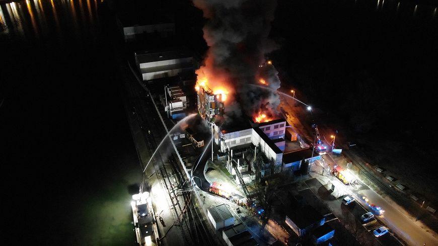 L'incendie spectaculaire du data center OVH à Strasbourg.