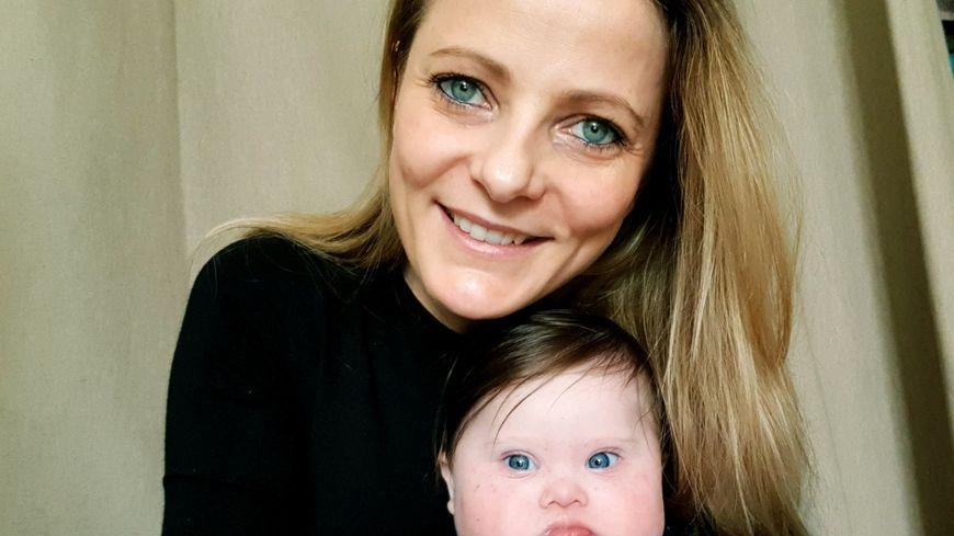Anne-Laure Kotvas et sa petite Léa, agée de cinq mois