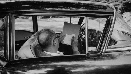 """""""Feu Pâle"""" de Nabokov, chef-d'oeuvre de la post-modernité ?"""