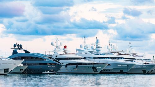 Superyachts : super catastrophe ?