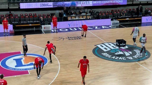 <b>Basket</b>-<b>Jeep Elite</b>-J29 : Bourg en Bresse un ton au dessus s&#39;impose face à Boulazac 81-68