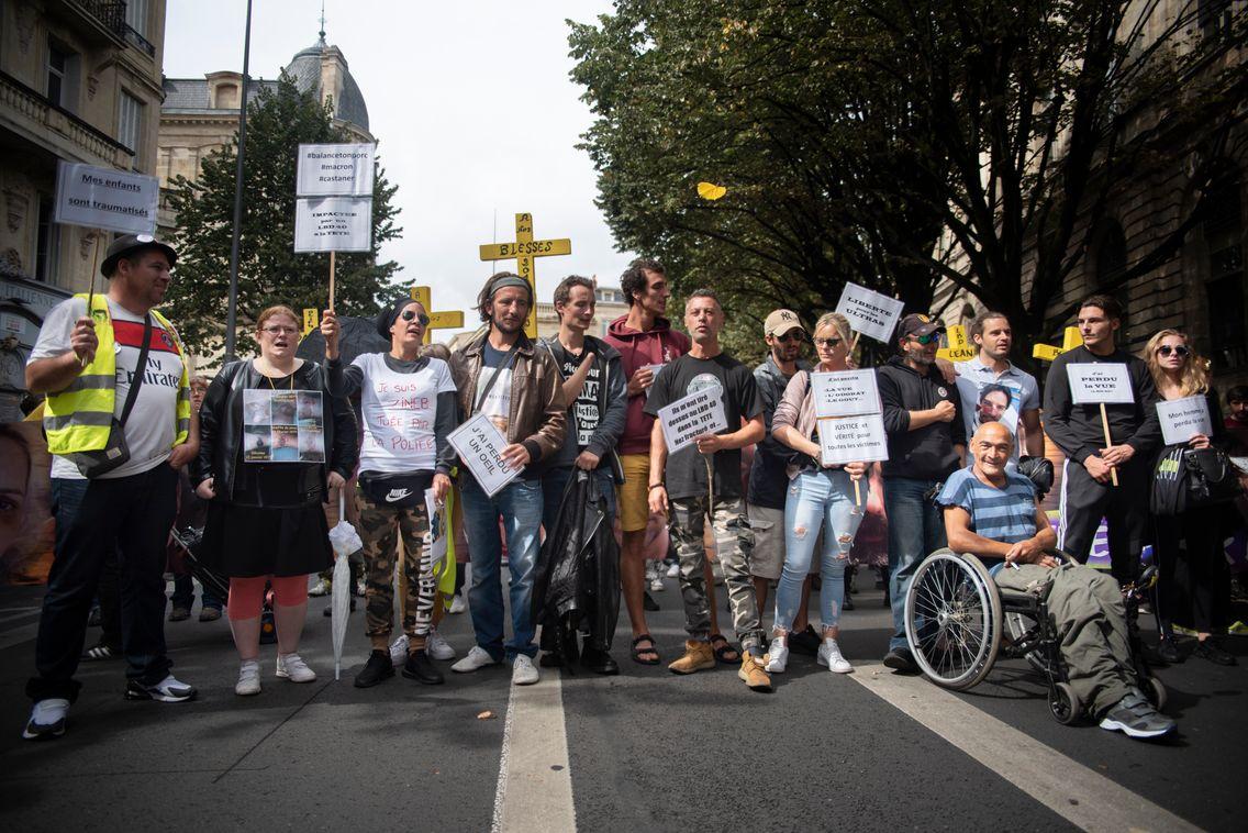 """Certains des blessés les plus graves lors des manifestations des 'gilets jaunes"""" se sont réunis au sein du collectif Les mutilés pour l'exemple."""