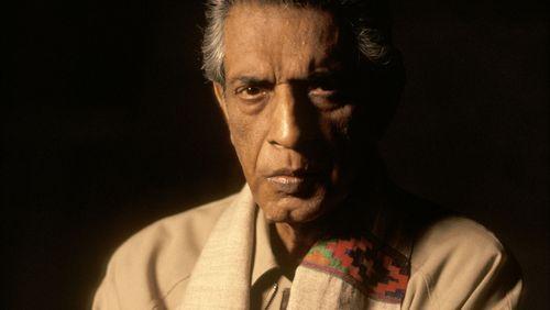 """Épisode 1 : Eva Markovits : """"Satyajit Ray était un artiste protéiforme"""""""