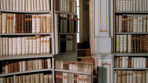 Une fiction littéraire peut-elle servir de preuve juridique contre son auteur ?