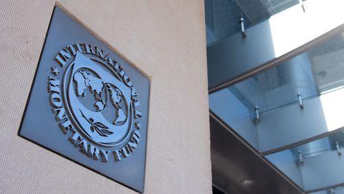 Épisode 1 : FMI : des dollars contre des réformes