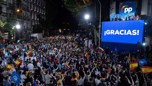 Table ronde d'actualité internationale : Victoire de la droite à Madrid : la colère a-t-elle changé de camp ?
