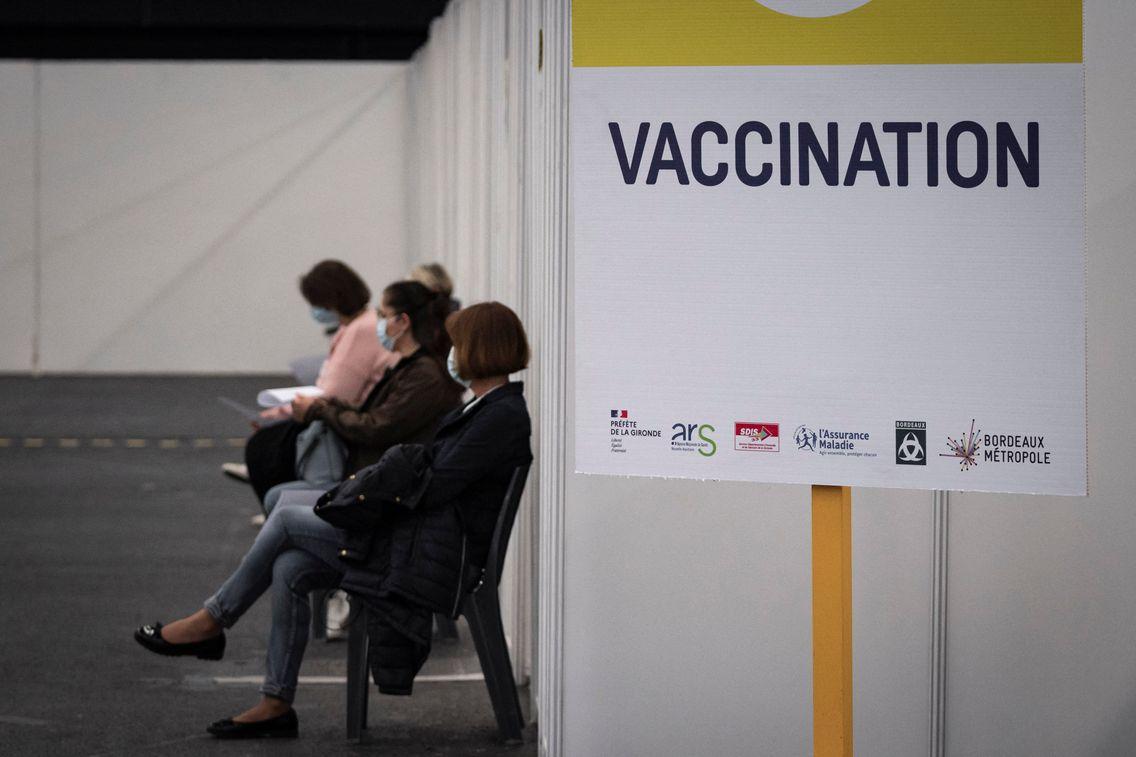 Plus de 22 millions de personnes ont reçu une première dose de vaccin en France.