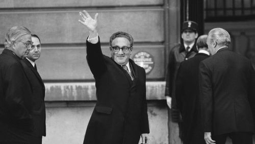 À l'heure où l'Europe fait face au retour de temps violents et dangereux : la vie et l'oeuvre d'Henry Kissinger
