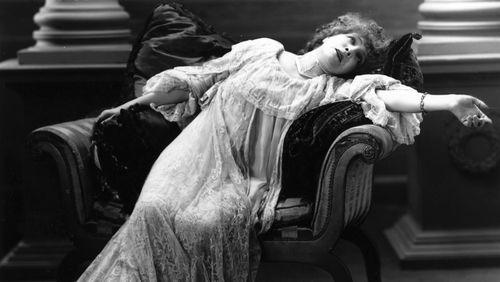 Épisode 3 : Sarah Bernhardt en faisait-elle trop ? Déclamer d'hier à aujourd'hui