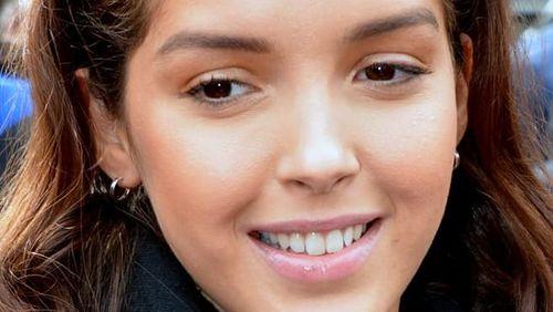 Lyna Khoudri, portrait de la jeune comédienne en vogue