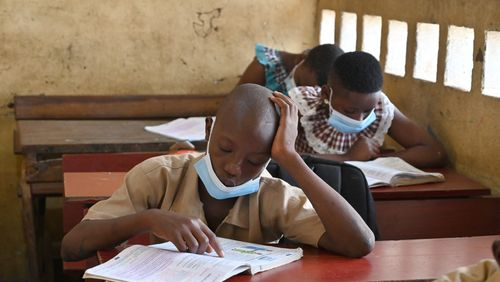 En Côte d'Ivoire, donner le goût de la lecture à tous