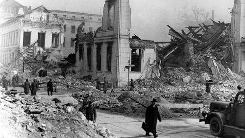 Berlin 1945. Récit de la chute du Reich au jour le jour