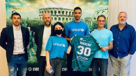 """L'USAM, le club de handball de Nîmes devient """"club ami"""" de l'UNICEF"""