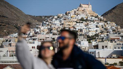 Régions : les Etats au défi (4/4) : Cyclades : le tourisme à tout prix