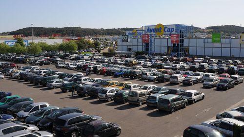 Épisode 2 : No parking no Business, l'irrésistible ascension du supermarché français