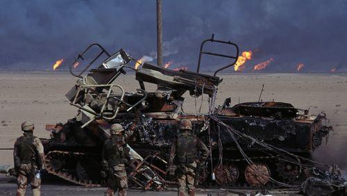 Les étés meurtriers (4/8) : Et Saddam Hussein envahit le Koweit...