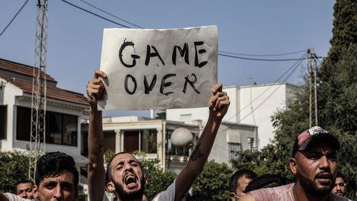 Tunisie : coup de force ou coup démocratique ? / Pollution sonore, un fléau assourdissant