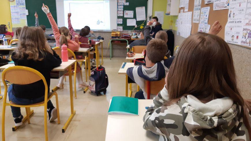 Certains enfants ne seront pas dans des classes adaptées à leur handicap à la rentrée dans l'Avesnois selon leurs parents (photo d'illustration)