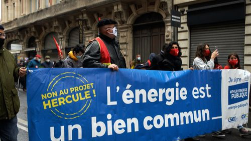 La grande réforme d'EDF est reportée après la présidentielle.