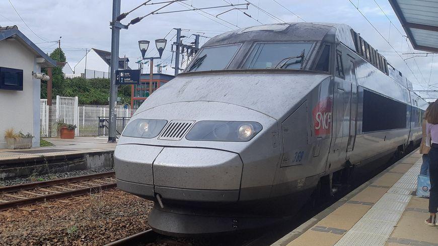 Le trafic des trains suspendu ce dimanche soir entre Paris et Tours
