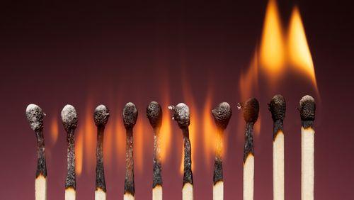 Feu : et l'homme créa la flamme