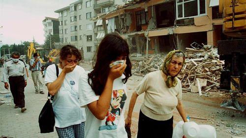 Épisode 6 : Turquie, août 1999 : 17 000 morts en moins de quarante secondes