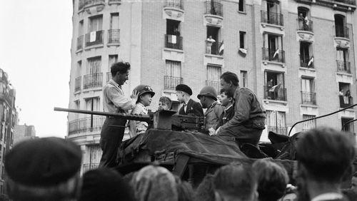 Épisode 33 : Août 1944, Paris se libère : Paris soi-même libéré