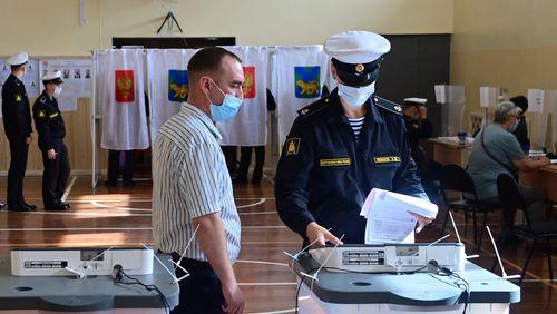 Législatives en Russie : un scrutin sous les verrous