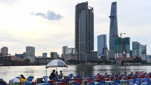 Épisode 3 : Ho Chi Minh ville : entre ruelles et gratte-ciels