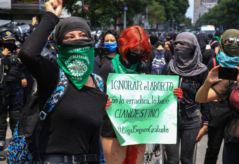La décision de la Cour suprême fut précédée de nombreuses manifestations pour la dépénalisation de l'avortement (ici à Mexico en juillet 2020)