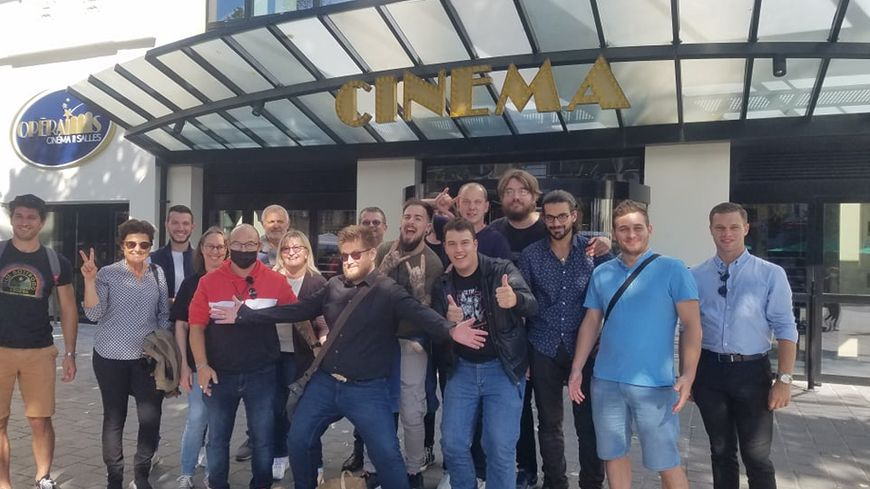 À Reims, Arnaud Klein bat le record du monde du visionnage d'un seul film, en regardant 203 fois Kaamelott