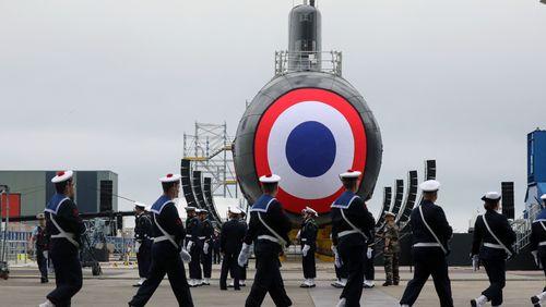 """Crise des sous-marins : l'ambition française torpillée  2/4 : Industrie de défense : le """"made in France"""" dépassé ?"""