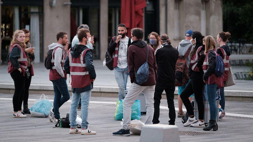 "Nantes : les ""p'tits gilets"" cherchent un local en urgence"