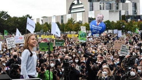Des milliers de défenseurs de l'environnement manifestent en Allemagne, à deux jours des élections