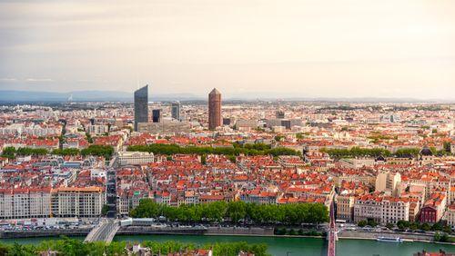 Lyon : les élus contre la métropole